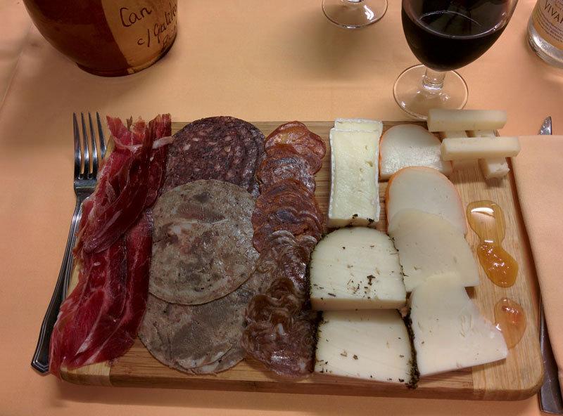 embutidos, carnes y calçotada en Can Manel
