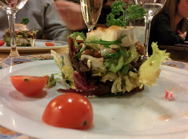 cenando en Restaurante Roma