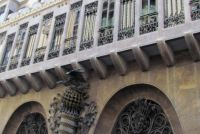 Palacio-Guell-Gaudi.jpg