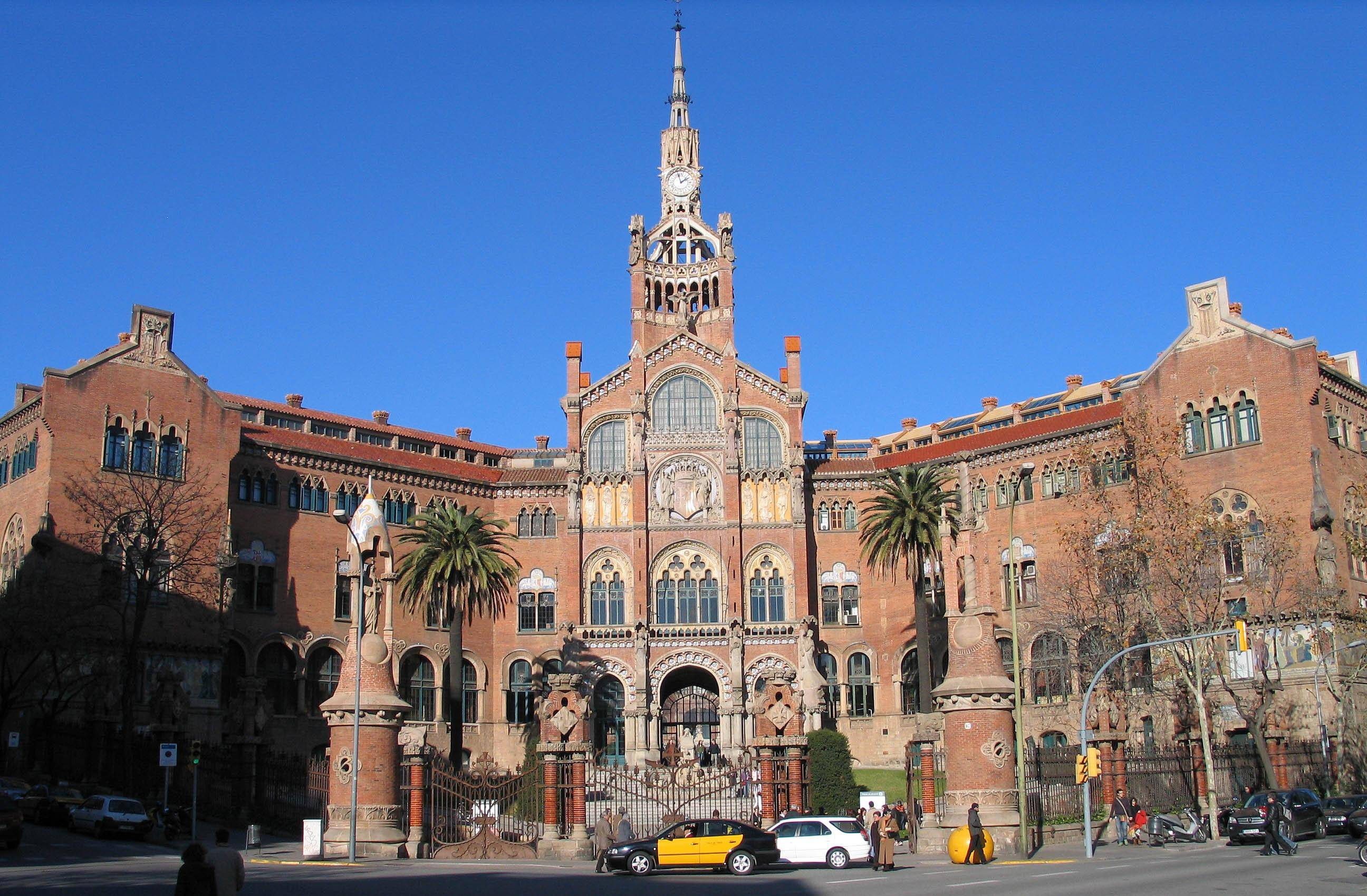 Hotels near Sant Pau Hospital